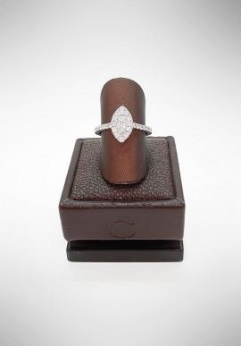 Crivelli ring with diamonds CRV2619