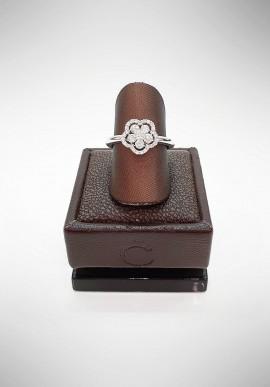 Crivelli ring with diamonds CRV2719