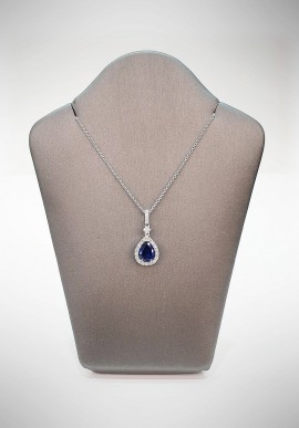 Crivelli necklace with diamonds and sapphire CRV3719