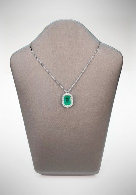 Crivelli necklace with diamonds and emerald CRV4019