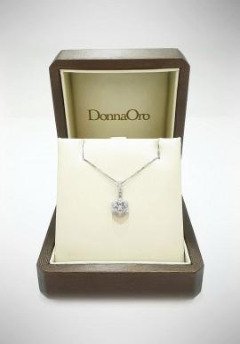 Donnaoro white gold necklace with diamonds DNO12
