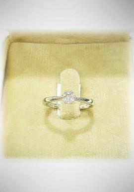 Donnaoro white gold ring with diamonds DNO39