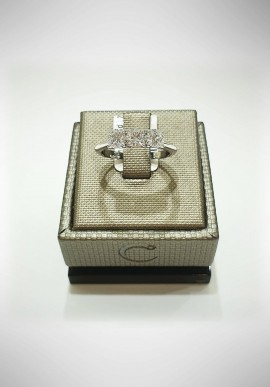 Crivelli white gold Trilogy ring with diamonds CRV2115