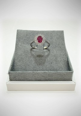 Lunatica white gold ring with diamonds and ruby LNT11