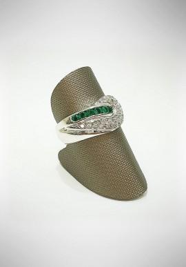 Arte Orafa white gold ring with diamonds and emeralds GIRT1