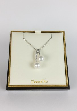 DonnaOro necklace with diamonds and pearls