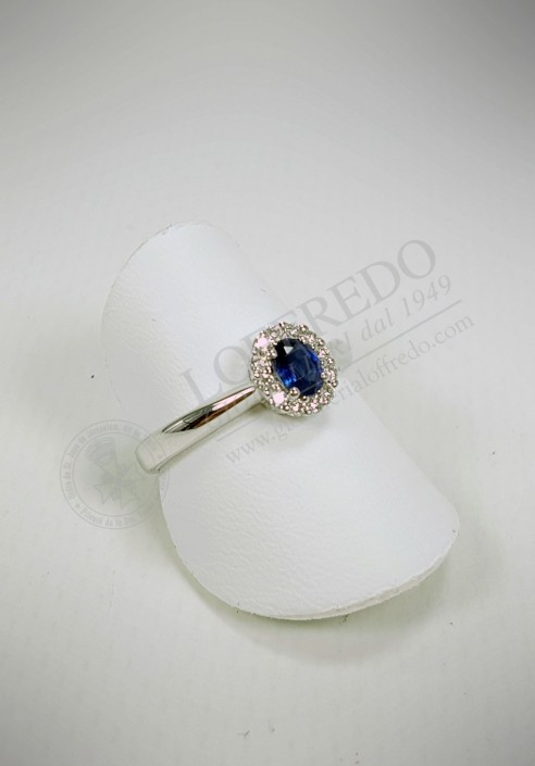 Crivelli ring with diamonds and sapphire mod. CRV808