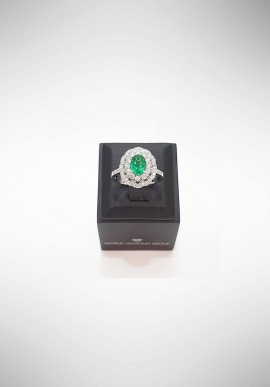 World Diamond Group Ring with diamonds and emerald ACLC050DISM