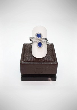 Crivelli Ring with diamonds and sapphires CRV0119