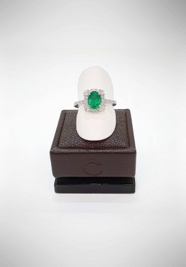 Crivelli ring with diamonds and emerald CRV1319