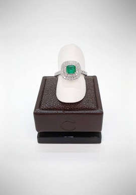 Crivelli ring with diamonds and emerald CRV1419