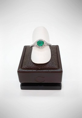 Crivelli ring with diamonds and emerald CRV1519