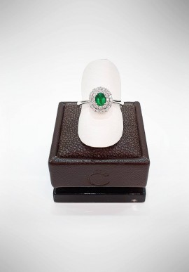 Crivelli ring with diamonds and emerald CRV1619