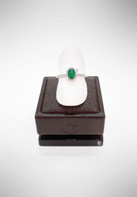Crivelli ring with diamonds and emerald CRV1719