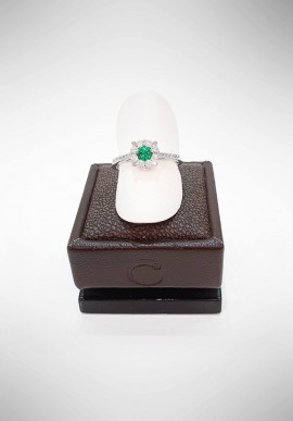 Crivelli ring with diamonds and emerald CRV1819